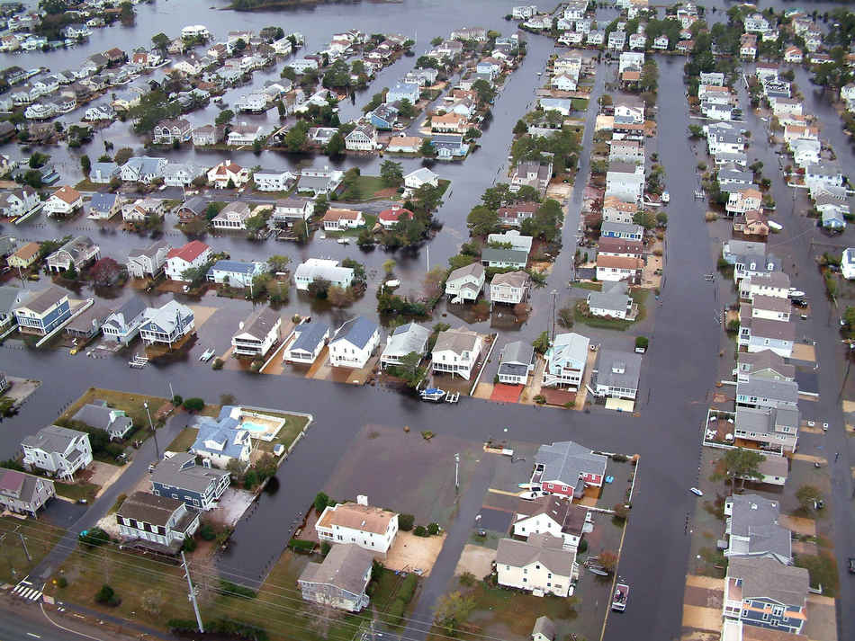 analysis of storm surge and tidal data relationships in the delaware